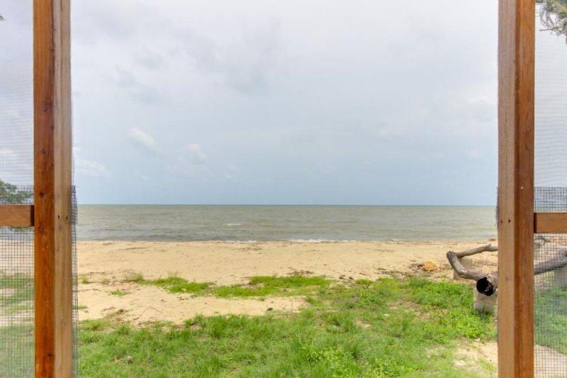 Two standalone, oceanfront cabanas w/ ocean view & private beach! - Image 1 - Dangriga - rentals