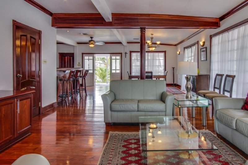 Luxurious, oceanfront cottage w/ views, shared pool & gym! - Image 1 - Belize City - rentals
