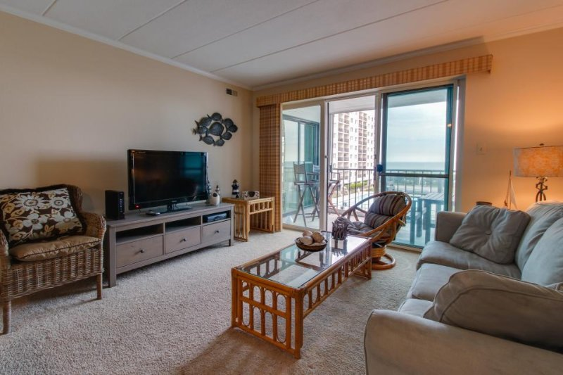 Comfortable condo w/ ocean views, shared pool & nearby beach access! - Image 1 - Ocean City - rentals