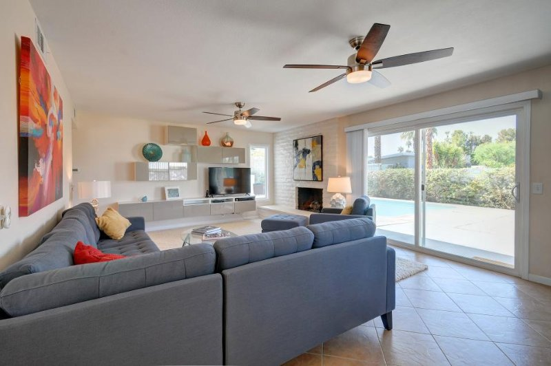 Classic contemporary dog-friendly home, w/private pool & prime location! - Image 1 - Palm Desert - rentals