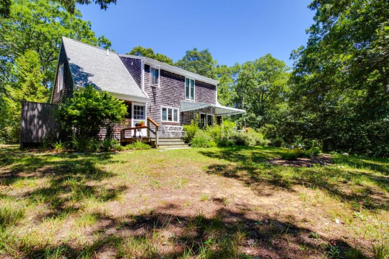 Secluded home with outdoor shower near alpaca farm & swimming hole! - Image 1 - West Tisbury - rentals