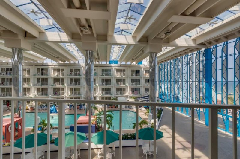 Easy-going suite w/ indoor heated pool, sauna, fitness gym - walk to the beach! - Image 1 - Ocean City - rentals