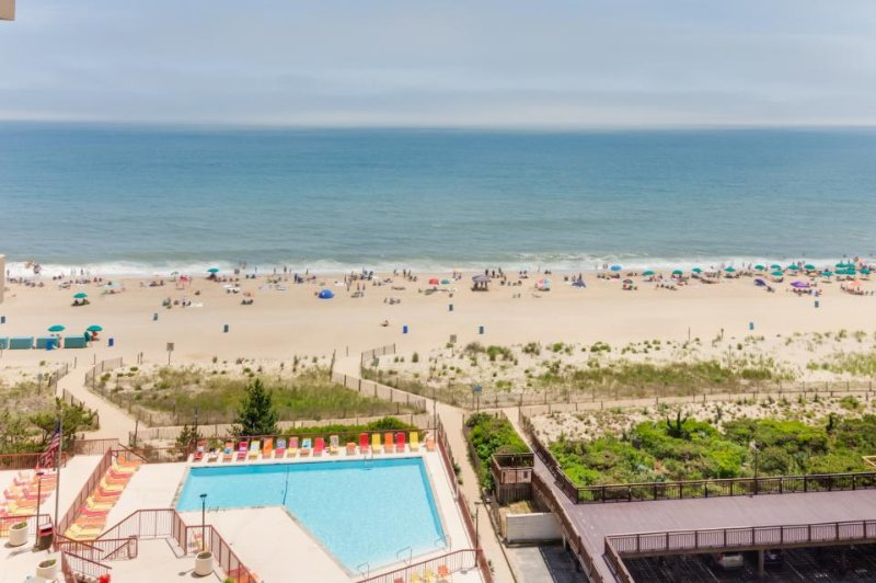 Bright Ocean City, waterfront retreat w/ shared pool & beach access! - Image 1 - Ocean City - rentals