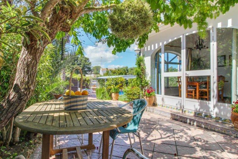 Family-friendly villa w/ private pool & gardens - near beach & town - Image 1 - Javea - rentals