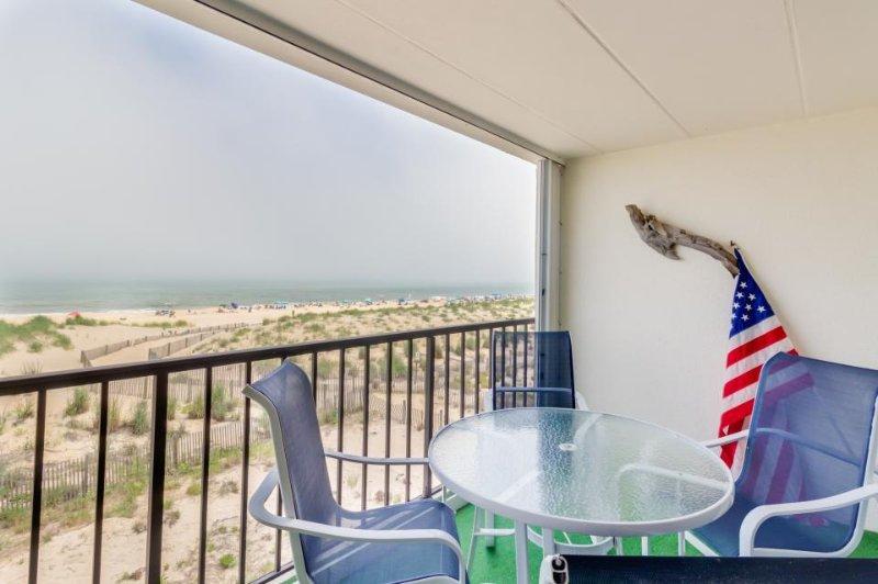Cozy oceanfront condo w/sweeping views - walk to beach! - Image 1 - Ocean City - rentals