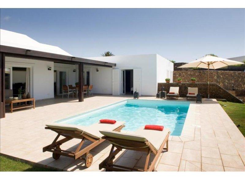 Villa LVC238101 - Image 1 - Puerto Del Carmen - rentals