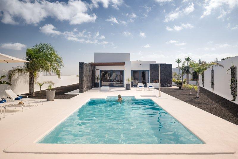 Villa LVC240230 - Image 1 - Playa Blanca - rentals