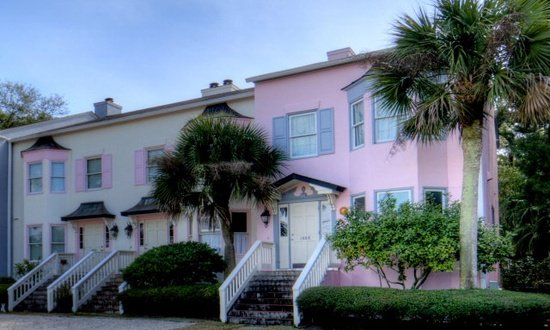 Vista Soleil is located in the San Simeon townhouse complex just one block from the beach. - Vista Soleil Townhouse:  St. Simon's Beach Getaway - Saint Simons Island - rentals