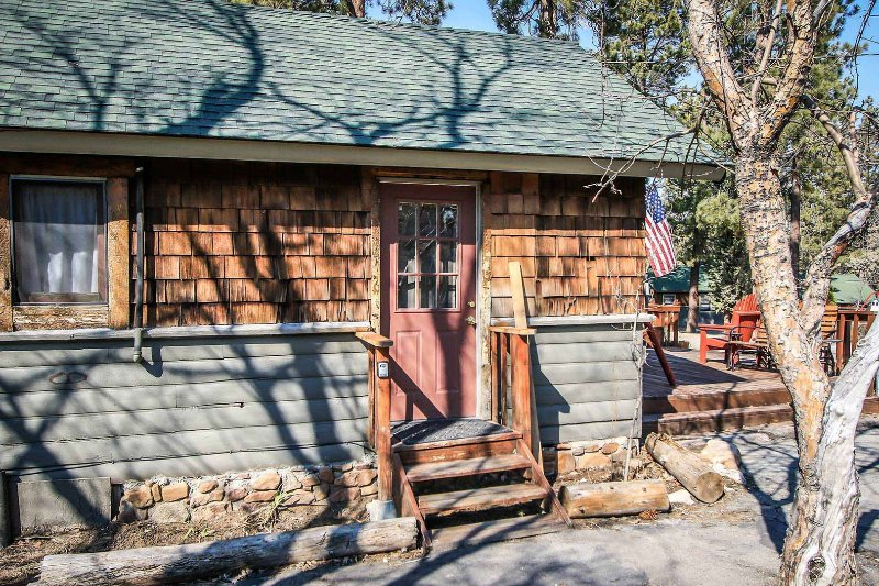 0100-Lodge House - 0100-Lodge House - Big Bear Lake - rentals