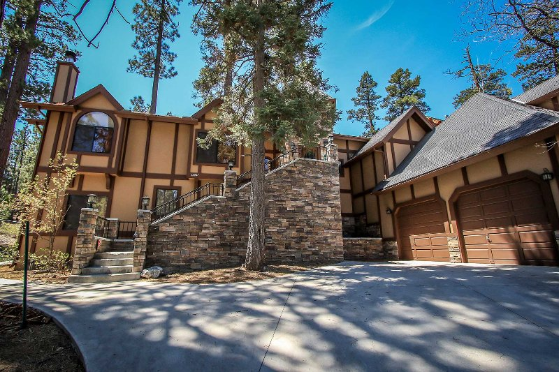 1277-Four Happy Bears Estate - 1277-Four Happy Bears Estate - Big Bear Lake - rentals
