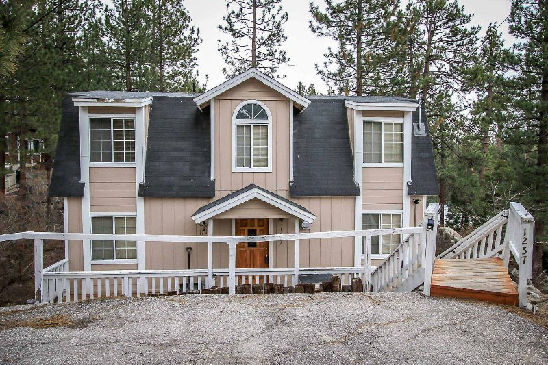 1433-Top of the Pines - 1433-Top of the Pines - Fawnskin - rentals