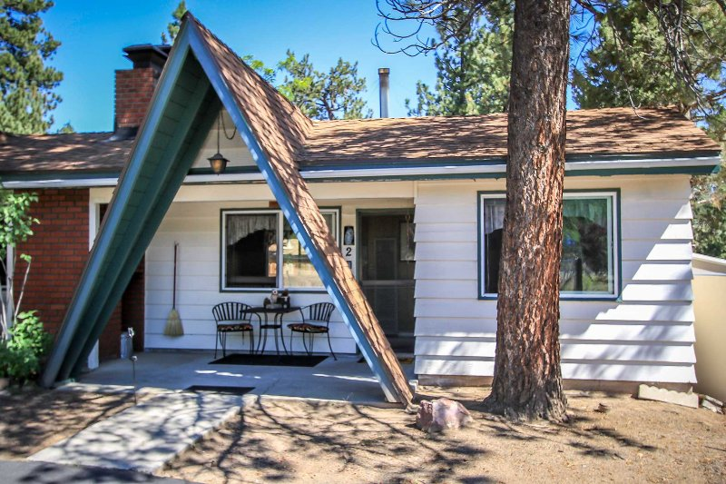 1552-Owl Pine Cabin - 1552-Owl Pine Cabin - Big Bear Lake - rentals