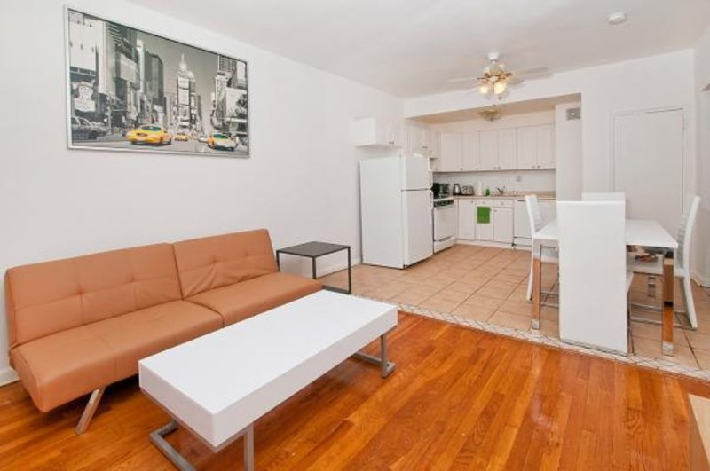 COMFORTABLE AND BEAUTIFULLY FURNISHED 2 BEDROOM, 1 BATHROOM UNIT - Image 1 - New York City - rentals