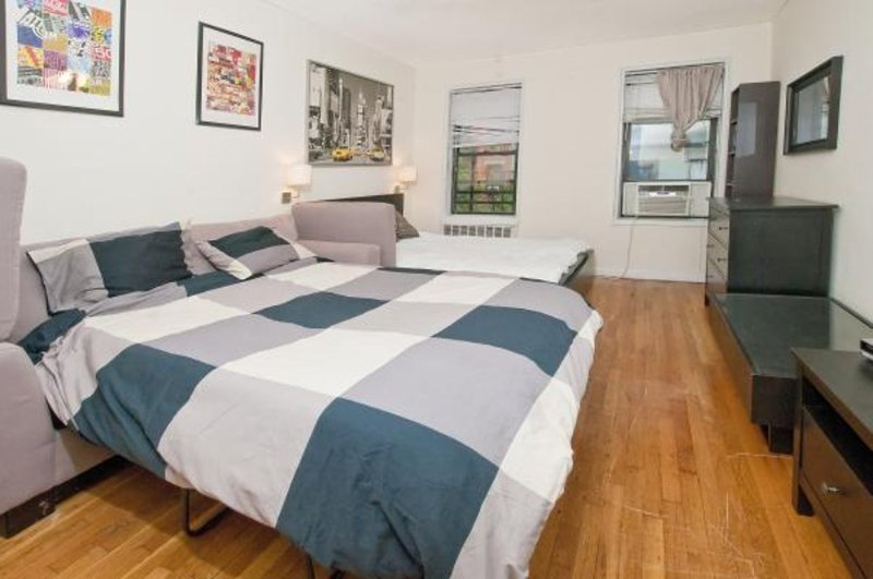 ADORABLE, CLEAN AND BEAUTIFULLY FURNISHED STUDIO APARTMENT - Image 1 - New York City - rentals