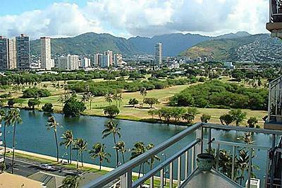 Waikiki 2 blocks from beach great views - Waikiki 2 Blocks from Beach Panoramic Views - Honolulu - rentals