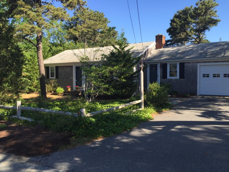 Front view of house - Charming, Cozy, Close to the Beach, Sunny & Clean - Harwich - rentals