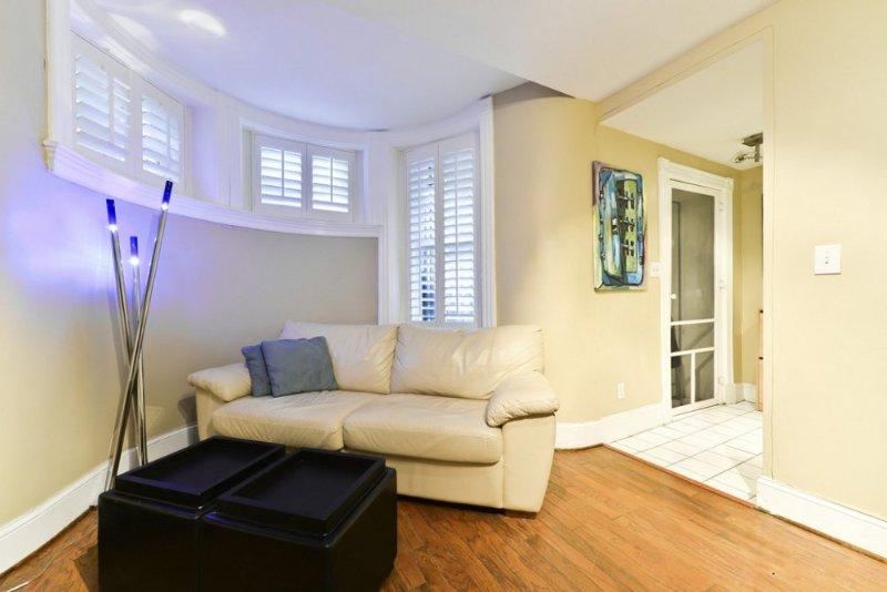 Newly Renovated Modern Studio Apartment - Steps Away from Dupont Circle - Image 1 - Washington DC - rentals