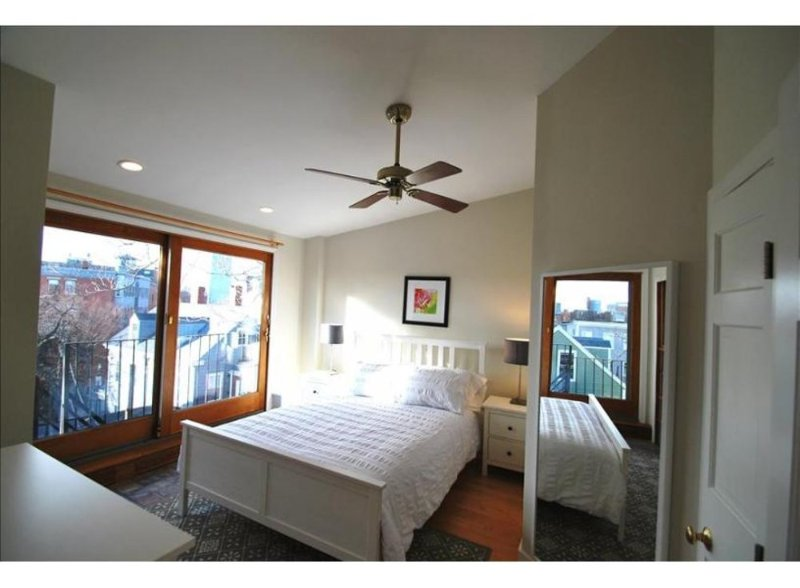 SPACIOUS AND LUXURIOUS 3 BEDROOM, 2 BATHROOM APARTMENT - Image 1 - Boston - rentals