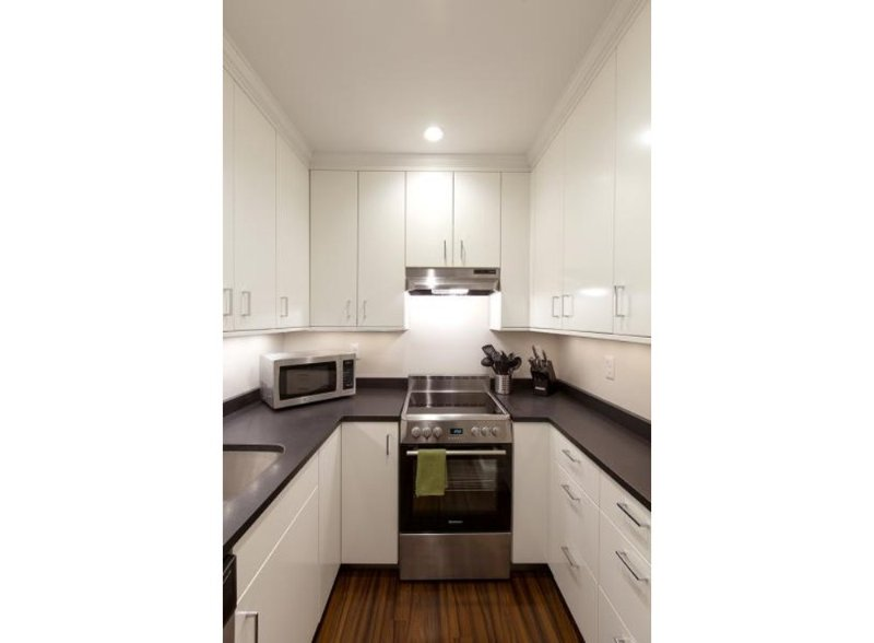 CLEAN AND CHARMING 1 BEDROOM, 1 BATHROOM APARTMENT - Image 1 - Boston - rentals