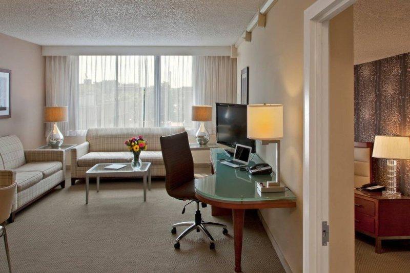 Georgetown One bedroom - Image 1 - Rosslyn - rentals