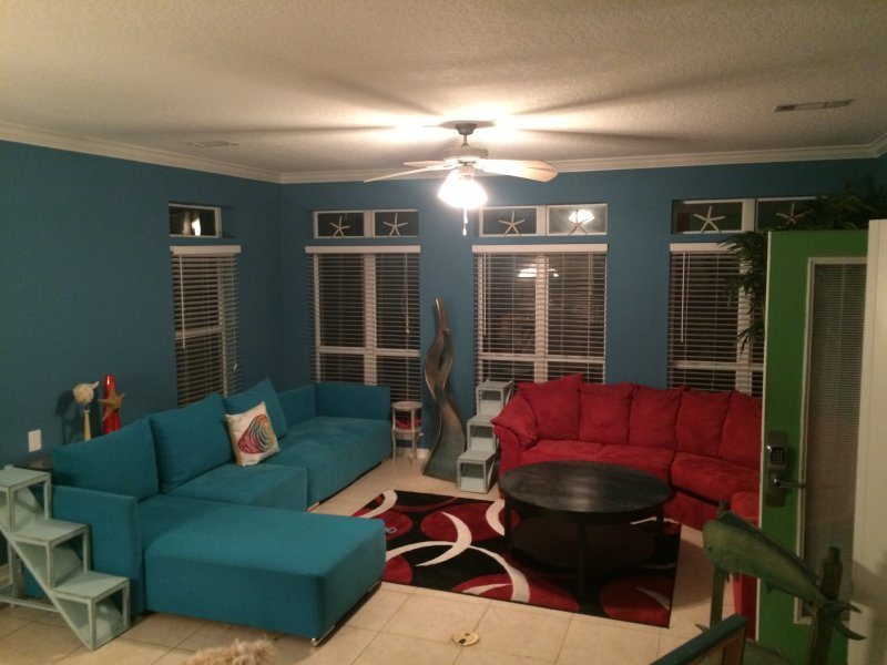 More than enough room for everyone to gather - PL** Sleeps 20 *Walk 2 Beach * Prvt Pool * Gazebo * Central Local* Very Roomy! * - Destin - rentals