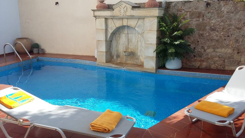 NEFELI-Private flat in a getaway oasis with pool - Image 1 - Atsipópoulon - rentals