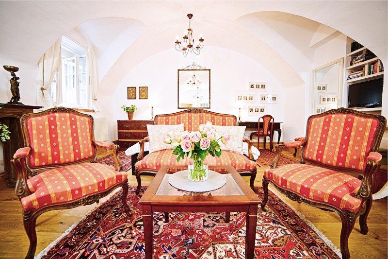 (1) Romantic Studio Apartment in the heart of historic old-town Salzburg - Image 1 - Salzburg - rentals