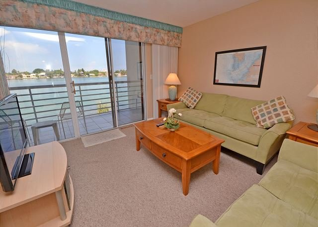 Bahia Vista 14-259 - Fantastic Club Bahia Bay View Condo at Isla Del Sol! - Image 1 - Saint Petersburg - rentals