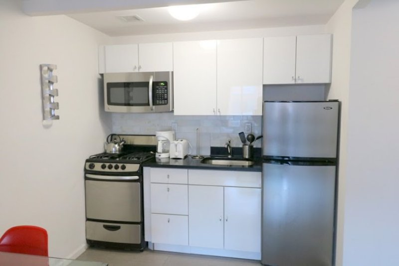 Furnished Studio Apartment at 11th Ave & W 49th St New York - Image 1 - New York City - rentals
