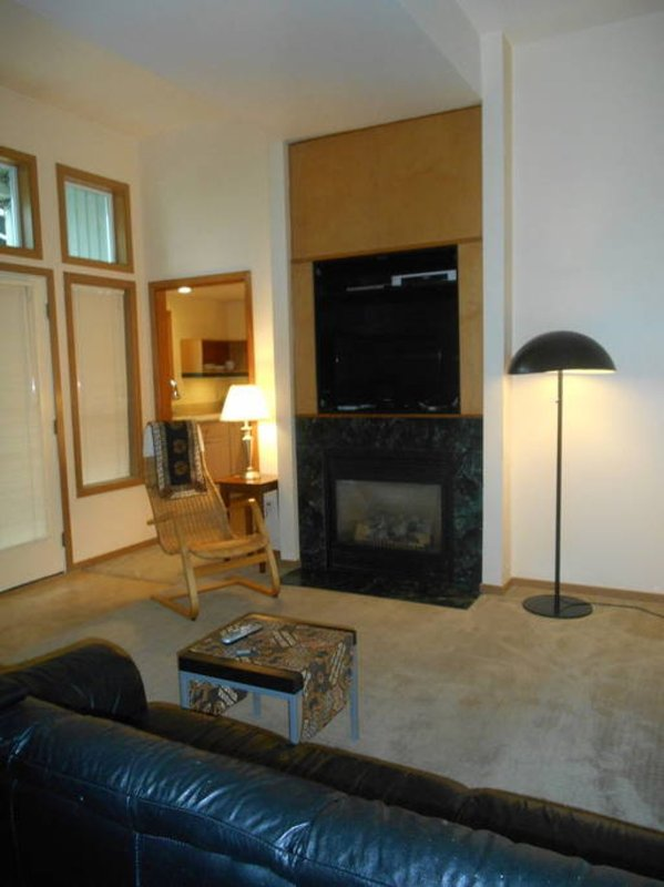 Furnished 1-Bedroom Apartment at SW Spokane St & 33rd Ave SW Seattle - Image 1 - Seattle - rentals