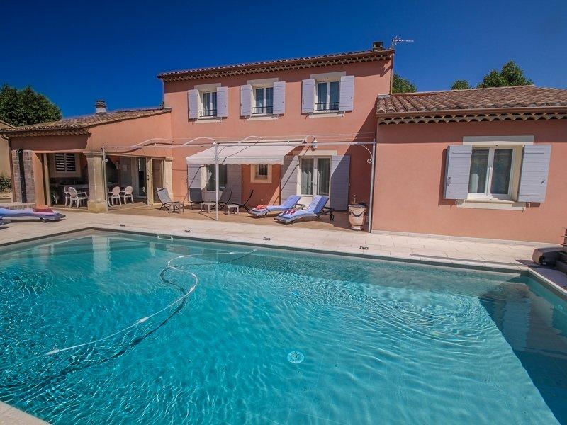 Avignon, Vaucluse, Villa 8p exceptional comfort, private pool - Image 1 - Jonquerettes - rentals
