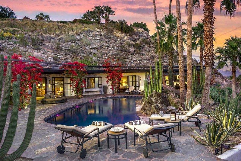 Villa Cahuilla, Sleeps 8 - Image 1 - Palm Springs - rentals