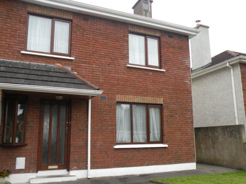 Front of House - Wild Atlantic Way, Self Catering, Sligo city - Sligo - rentals
