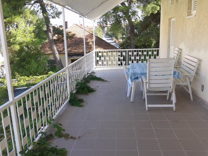 Nice apartment very good quaiet location A2+2A - Image 1 - Biograd - rentals