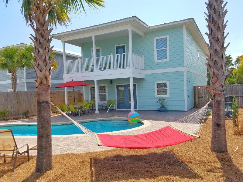 Back of home, gorgeous tropical place to spend a wonderful vacation! - Brand New! (Ocean Kiss'd) 7b/6b.Free Golf Cart! - Destin - rentals