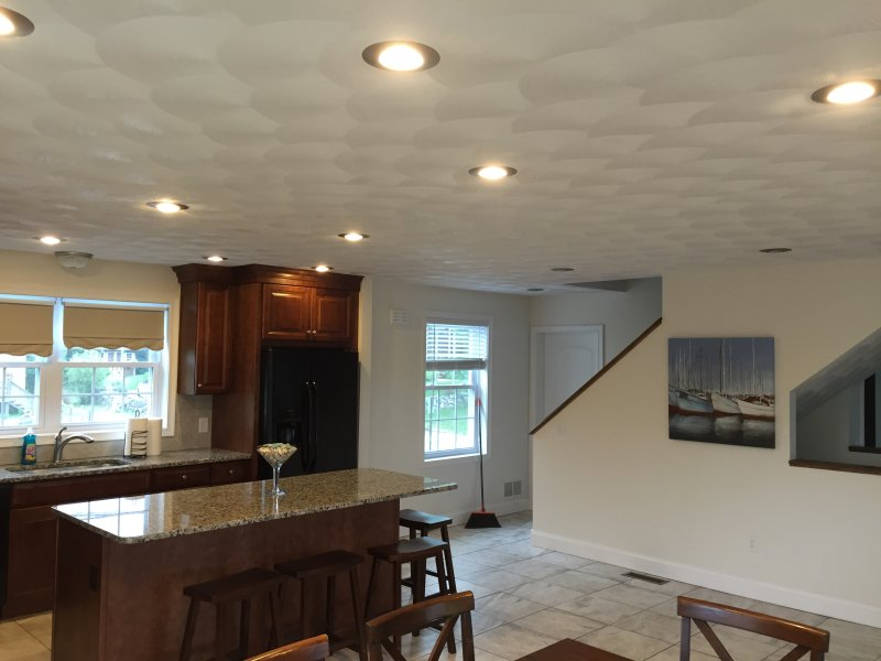 Beautiful New Beach House!! - Image 1 - Narragansett - rentals