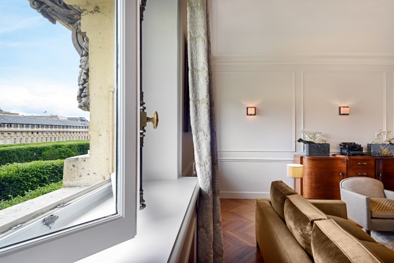 View one from living room - Louvre / Palais Royal Luxury Two Bedroom - Paris - rentals