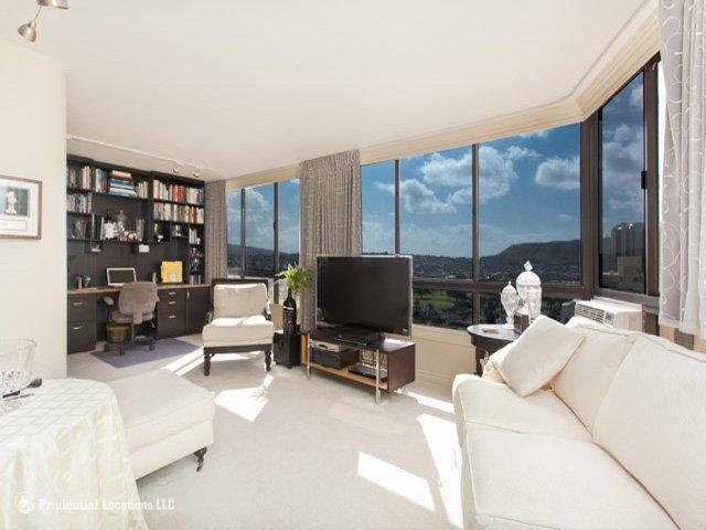 OVMV - Beautiful villa w/pool & views & beach - Image 1 - Honolulu - rentals
