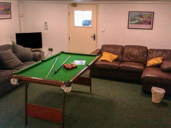 STAR MILL, enclosed garden, pet-friendly, two woodburners, games room, WiFi, nr - Image 1 - Newcastle Emlyn - rentals