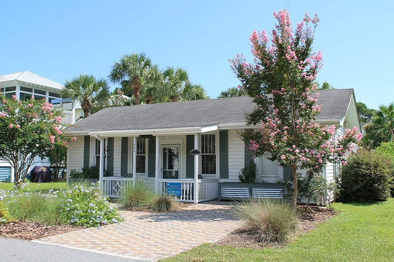 #403 13th Street - A Perfect Family Getaway with Pool and Patio - FREE Wi-Fi - Image 1 - Tybee Island - rentals