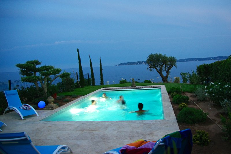 Welcome in our Villa Kalypso..  - Villa CENTRAL - PANORAMIC SEA VIEWS - HEATED pool. - Saint-Maxime - rentals