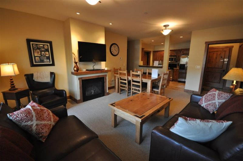 Spacious 3-bedroom condo in The Pines building at Whitefish Mountain Resort  - 3 bed / 2 bath Condo at Whitefish Mountain Resort - Whitefish - rentals