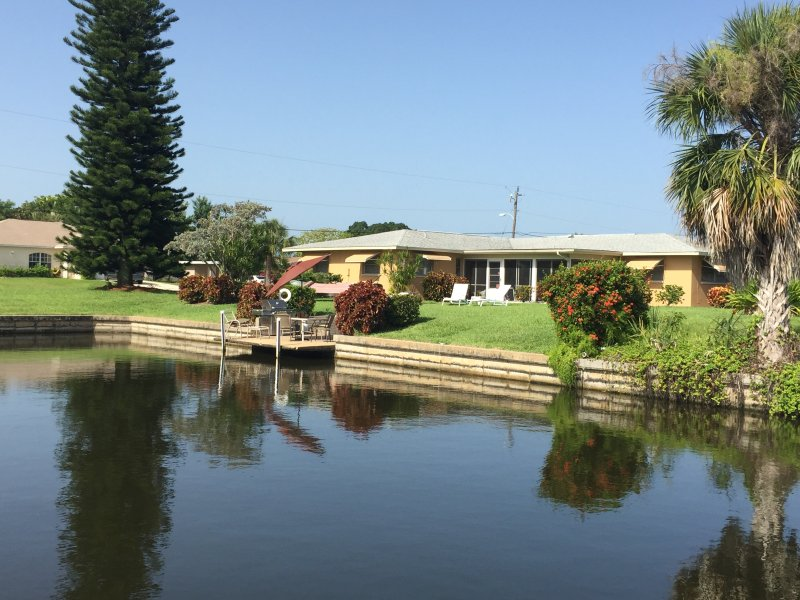 Back Yard - 4 Bedroom 3 bath  Home on a deep water Canal - Cape Coral - rentals