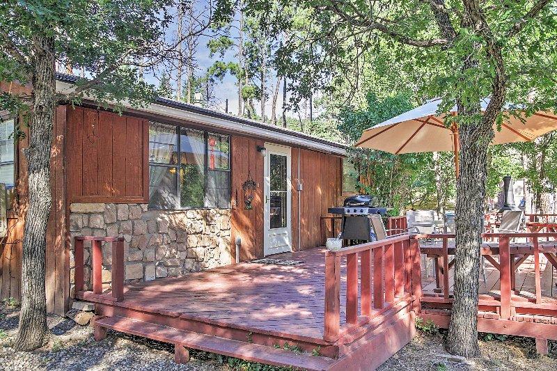 2BR cabin w/private hot tub - 'Perla's Dream' - Family-Friendly 2BR Cabin in Ruidoso w/Hot Tub - Ruidoso - rentals