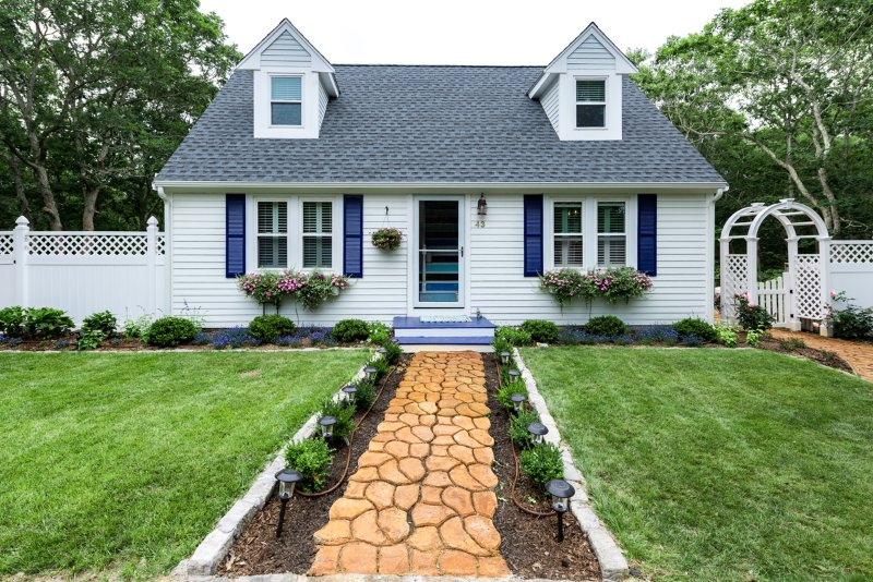 Entry Side of House - ASHTJ - Cape Style Home with Coastal Decor,  Spacious Deck, Wifi, Room AC - Edgartown - rentals