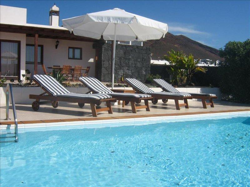 Villa LVC240855 - Image 1 - Playa Blanca - rentals