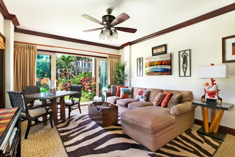 B103 Living Room Dining Area Garden View - Waipouli Beach Resort B103 - Kapaa - rentals