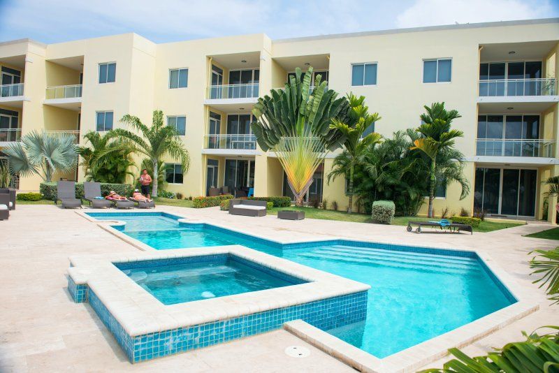 Sunset Residences Beach Resort - Sunset Beach Two-bedroom condo - SR02 - Eagle Beach - rentals