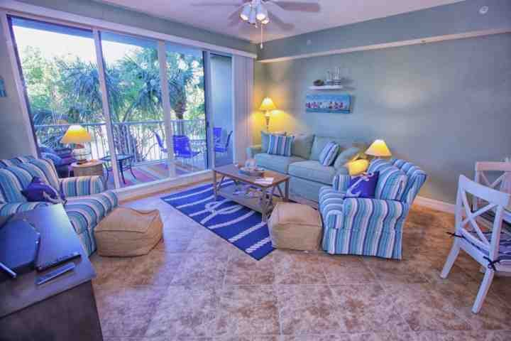 WOW! Perfect Living Room with a Canal View! - 452 Little Harbor - Ruskin - rentals