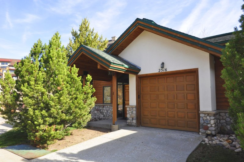 Evergreens 3 BR Townhome - Pool Year Round - Image 1 - Steamboat Springs - rentals